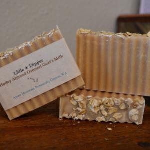 Honey Almond Oatmeal Goat's Milk Soap Bar